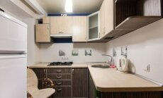 8 patarimai, ką daryti, kad maža virtuvė atrodytų didesnė