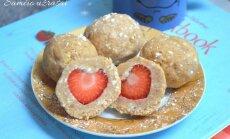 Sausainių rutuliukai su braškėmis