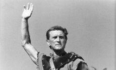Kirkas Douglas filme Spartacus (1960 m.)