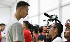 Interviu duoda Yi Jianlianas