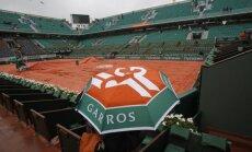 Lietus trikdo Prancūzijos teniso čempionato eigą