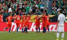 Triumfuojantys Čilės futbolininkai