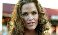 Jennifer Garner 2002-2003 m.