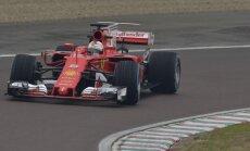 Sebastianas Vettelis vairuoja naują Ferrari SF70H