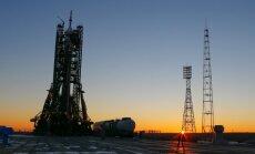 Thomas Pesquet, Peggy Whitson ir Olegas Novickis pakils iš Baikonūro kosmodromo Kazachstane