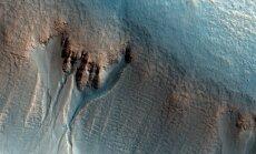 Grioviai Marso kraterio sienoje