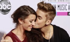 Justinas Bieberis su mama