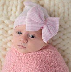 100-uoju Kauno rajono kūdikiu tapusią dukrytę tėvai Kamile pavadino neatsitiktinai