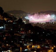 Rio de Žaneiras atsisveikino su olimpinėmis žaidynėmis ir perdavė estafetę Tokijui
