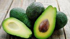 5 skanūs ir maistingi receptai su avokadais