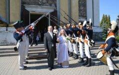 Vestuvėms pasirinko karo istorijos temą