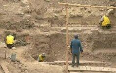 Peru atkastas 3 500 metų senumo bareljefas