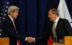 Pasmerktos derybos Sirijoje: išspręsti krizę yra tik dvi galimybės