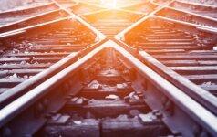 Skaudi nelaimė Palemono stotyje: žuvo traukinio nublokštas vaikas