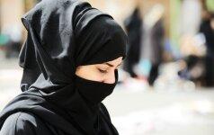 Turkija leido policininkėms dėvėti islamiškas skareles