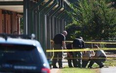 Šaudynės JAV: paauglys mokykloje nušovė savo tėvą ir sužeidė tris žmones