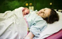 Kaip iš tiesų atrodo ir jaučiasi moteris po gimdymo