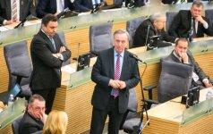 Seimas pradėjo svarstyti bankų įkainius mažinsiančio įstatymo projektą