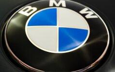 20-mečio vairuojamas BMW apvirto magistralėje, sužaloti 4 jaunuoliai