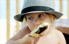 Patarimai, kaip pasirūpinti vaikų mityba kelionės metu