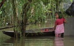Šri Lanką siaubia potvyniai – pusė milijono žmonių paliko namus
