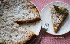 Greitai pagaminamas citrinų pyragas