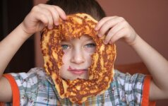 Dietologė - apie blynus vaikų mityboje: nuo kada jų galima duoti?
