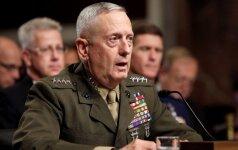 D. Trumpas oficialiai paskelbė, kad naujuoju Pentagono vadovu taps J. Mattisas