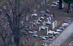 Misūrio valstijos žydų kapinėse suniokota dešimtys paminklinių akmenų
