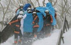 Japonijoje nuslinkus lavinai žuvo aštuoni moksleiviai