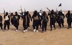 """Saudo Arabija siųs sausumos pajėgas kovai su """"Islamo valstybe"""""""