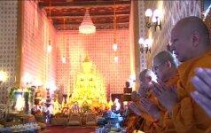 Tatuiruotės mirusio karaliaus garbei - paskutinis mados klyksmas Tailande