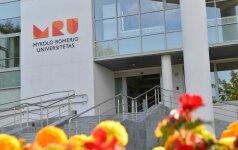 Įvardijo merdinčius universitetus: priėmimas krito dramatiškai