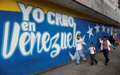 """Venesuelos valdžia užėmė """"General Motors"""" gamyklą"""