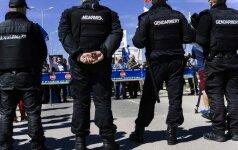 Bulgarijos nacionalistai blokavo sienos su Turkija perėjas