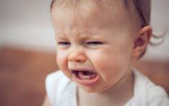 Tiriant smurto prieš kūdikį atvejį, tikrinama, kodėl buvo nutrauktas ankstesnis tyrimas