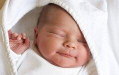 Komoje gimdžiusi argentinietė sūnų pamatė tik po kelių mėnesių