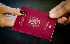 Seimo komitetas: siūlymas mažinti kartelę referendumui dėl pilietybės gali kirstis su Konstitucija