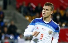 Kaip linksminasi nevykėliai: Rusijos futbolininkai klube paliko šimtus tūkstančių eurų