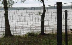 Siūlo didinti baudas už savavališką žemės užėmimą