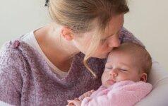 Psichologė: moterys, neatiduokite visos savęs vaikui