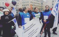 Profesinės sąjungos mitinge reikalavo didesnių atlyginimų