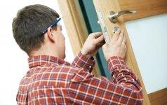 Darau pats: kaip įtaisyti spyną duryse