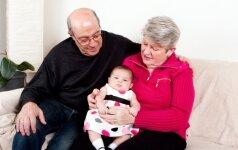 Atostogos be vaiko: kaip pirmą kartą jį palikti seneliams