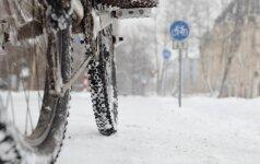 Žiemą ant dviračio: kaip apsaugoti save ir transporto priemonę