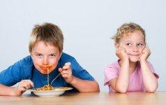Svetimi sausainiai ir vaikų manieros prie stalo
