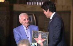 Holivudo šlovės alėjoje atidengta garbės lentelė C. Aznavourui