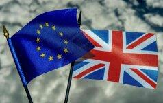 """T. May siūlo, kad po """"Brexit"""" Jungtinėje Karalystėje esantys ES piliečiai galėtų likti šalyje"""