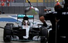 Antrose Sočio treniruotėse – L. Hamiltono greitis