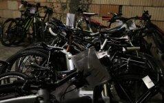 Brangius vogtus dviračius vežęs kaunietis bandė išsisukti pasiteisinimais ir pinigais
